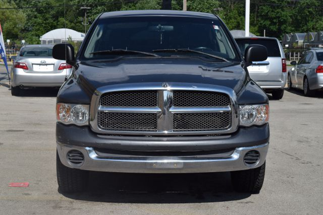 2002 Dodge Ram Pickup 1500 4dr Quad Cab ST 2WD LB - Crestwood IL