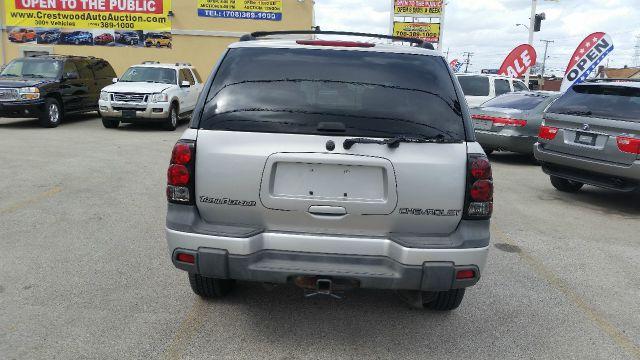 2004 Chevrolet TrailBlazer LS 4WD 4dr SUV - Crestwood IL