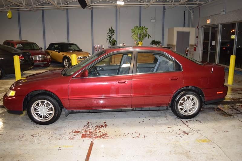 1995 Honda Accord EX 4dr Sedan - Crestwood IL