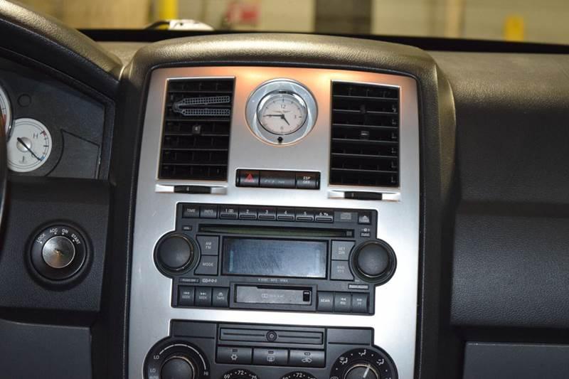 2005 Chrysler 300 AWD C 4dr Sedan - Crestwood IL
