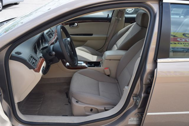 2008 Saturn Aura XE 4dr Sedan - Crestwood IL