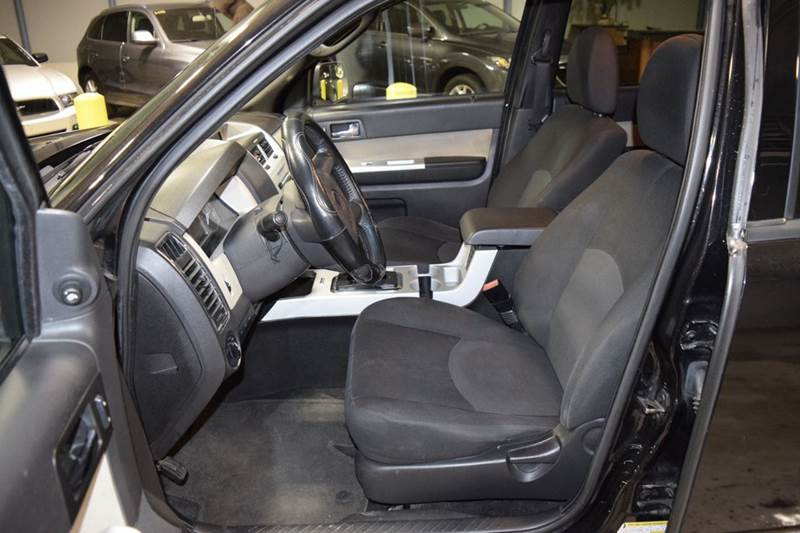 2011 Mercury Mariner I4 4dr SUV - Crestwood IL