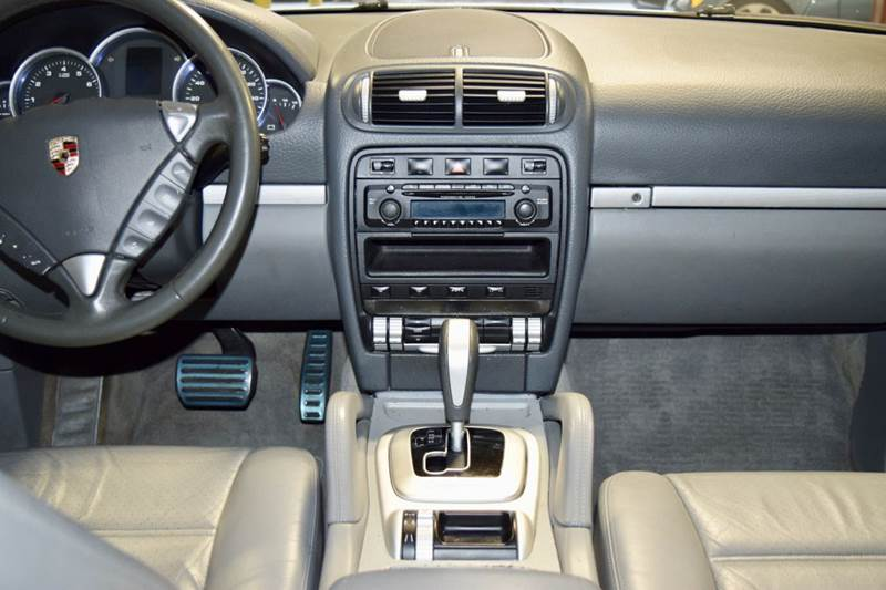 2004 Porsche Cayenne S AWD 4dr SUV - Crestwood IL