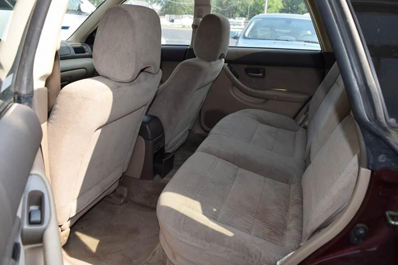 2000 Subaru Outback AWD 4dr Wagon - Crestwood IL