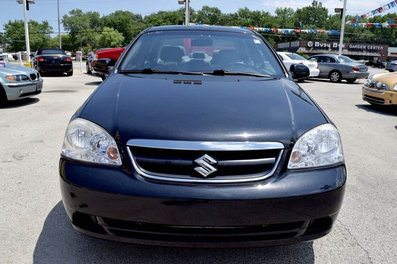 2008 Suzuki Forenza 4dr Sedan w/Popular Package (2L I4 4A) - Crestwood IL