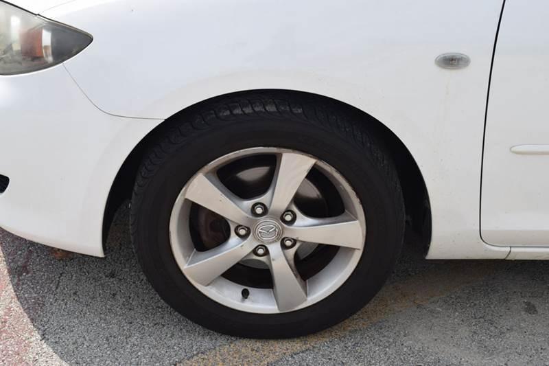 2005 Mazda MAZDA3 i 4dr Sedan - Crestwood IL