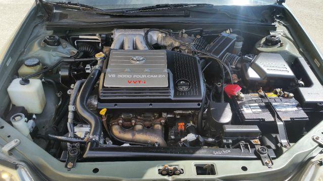2000 Toyota Avalon XLS 4dr Sedan - Crestwood IL