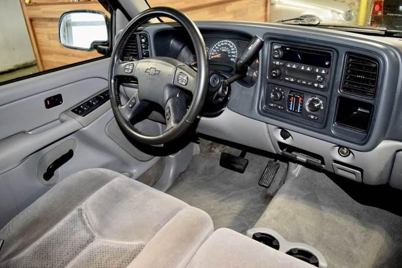 2005 Chevrolet Avalanche 4dr 1500 Z71 4WD Crew Cab SB - Crestwood IL
