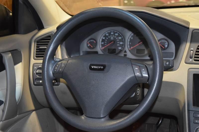 2002 Volvo S60 2.4 4dr Sedan - Crestwood IL