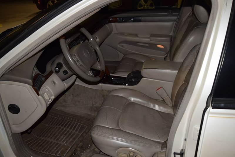 2003 Cadillac Seville SLS 4dr Sedan - Crestwood IL