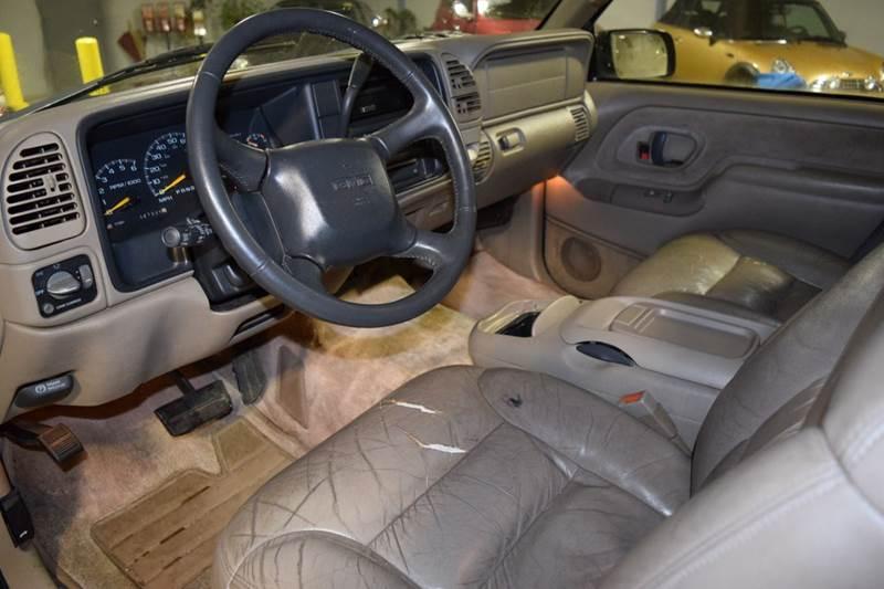 1999 GMC Yukon 4dr Denali 4WD SUV - Crestwood IL