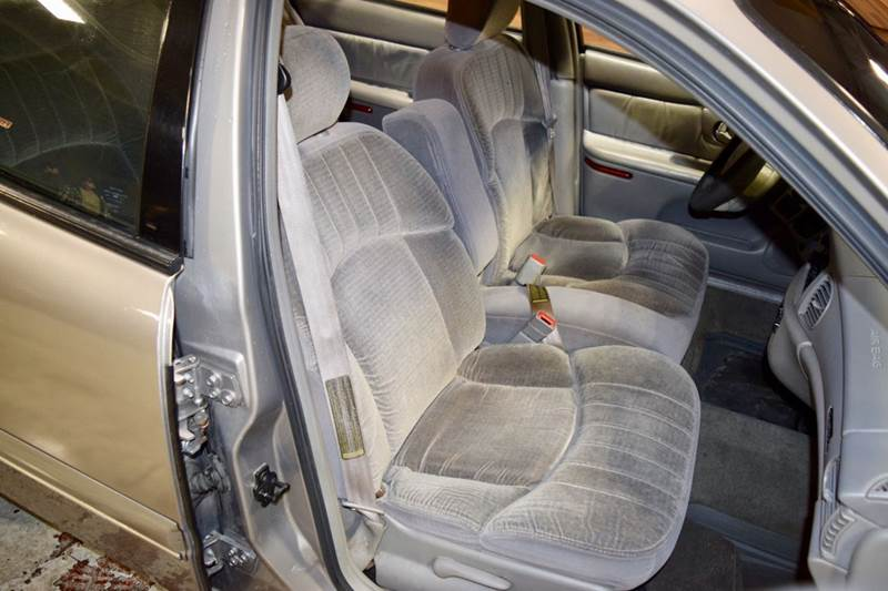 1999 Buick Century Custom 4dr Sedan - Crestwood IL