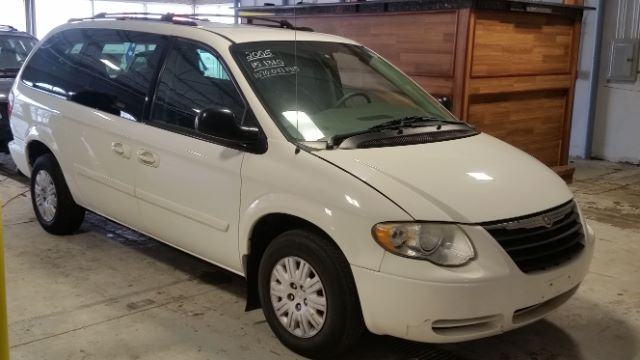 2005 Chrysler Town and Country LX 4dr Ext Minivan - Crestwood IL