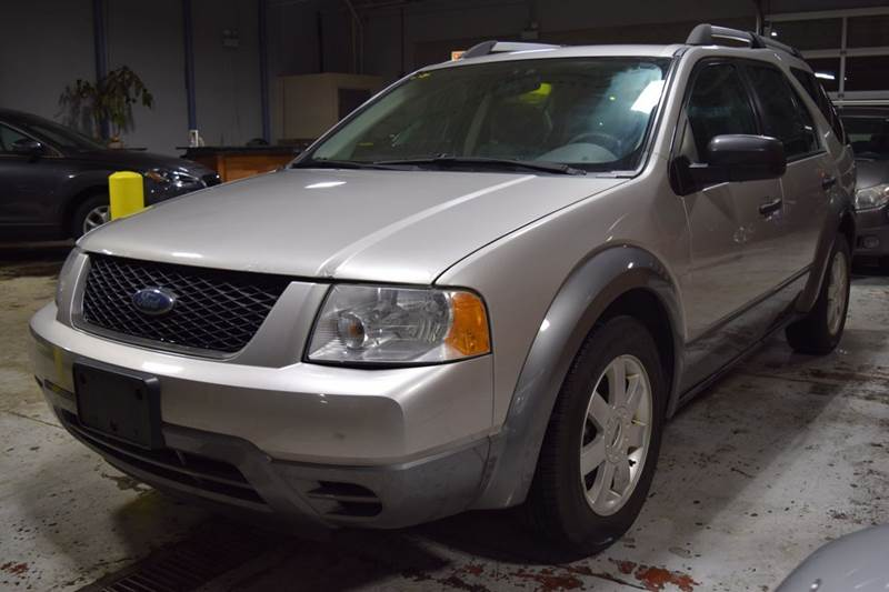 2006 Ford Freestyle SE 4dr Wagon - Crestwood IL