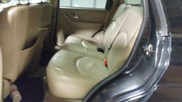 2005 Mazda Tribute s 4WD 4dr SUV - Crestwood IL