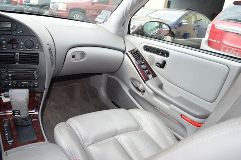 1999 Oldsmobile Aurora 4dr Sedan - Crestwood IL