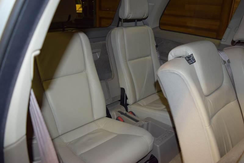 2003 Volvo XC90 T6 AWD 4dr SUV - Crestwood IL