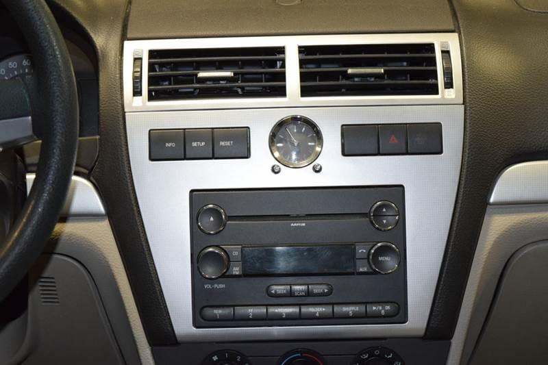 2009 Mercury Milan I-4 4dr Sedan - Crestwood IL