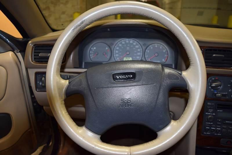 2002 Volvo C70 2dr LT Turbo Convertible - Crestwood IL
