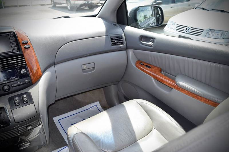 2008 Toyota Sienna XLE Limited 4dr Mini-Van - Crestwood IL