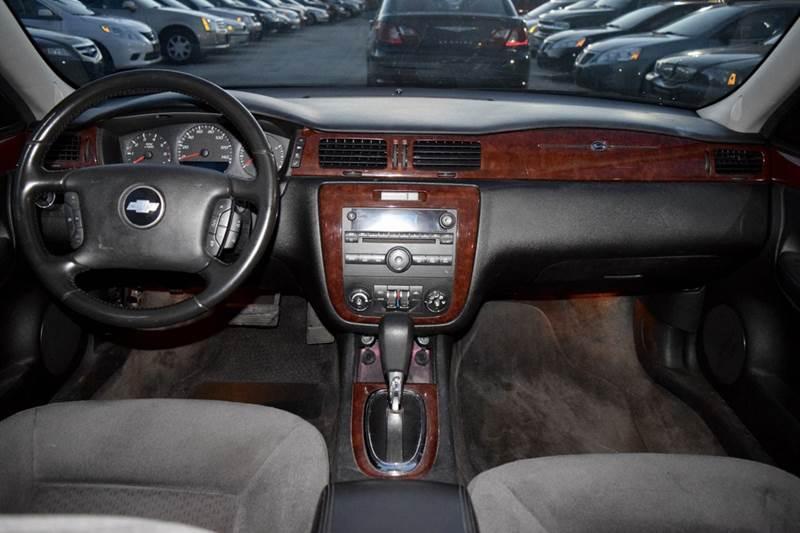 2010 Chevrolet Impala LT 4dr Sedan - Crestwood IL