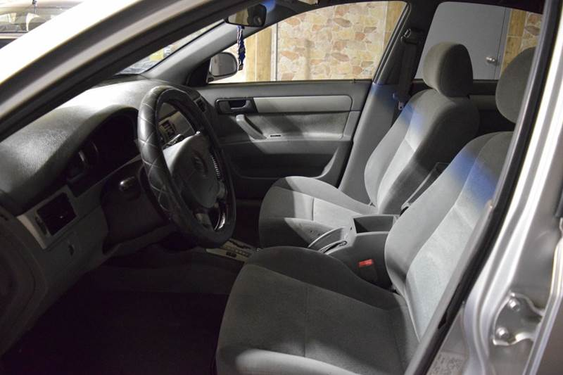 2004 Suzuki Forenza LX 4dr Sedan - Crestwood IL