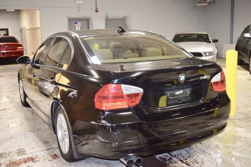 2006 BMW 3 Series 325i 4dr Sedan - Crestwood IL