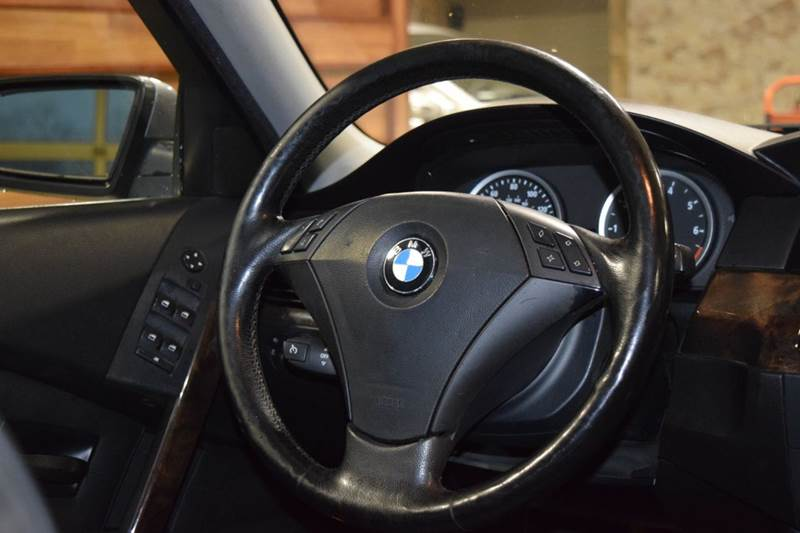 2004 BMW 5 Series 525i 4dr Sedan - Crestwood IL
