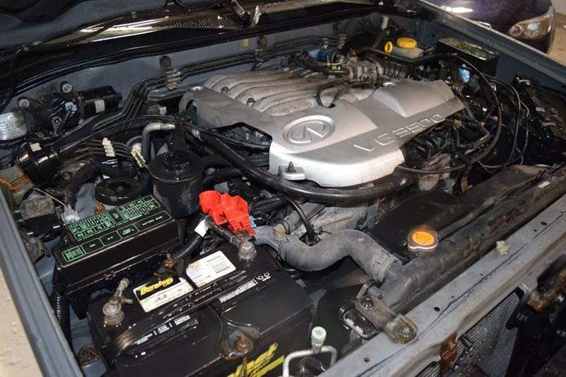 2001 Infiniti QX4 4WD 4dr SUV - Crestwood IL