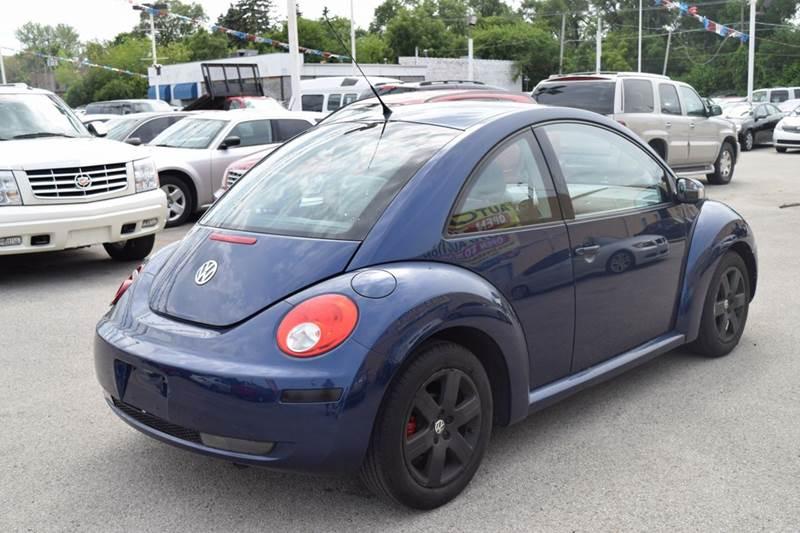 2006 Volkswagen New Beetle 2.5 2dr Hatchback w/Automatic - Crestwood IL