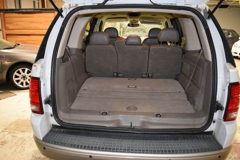 2005 Ford Explorer Eddie Bauer 4WD 4dr SUV - Crestwood IL
