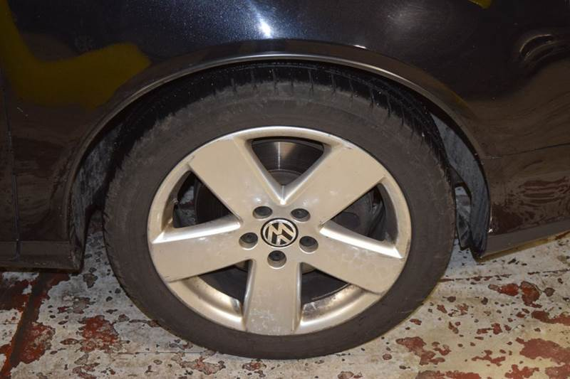 2009 Volkswagen Passat Komfort 4dr Sedan - Crestwood IL