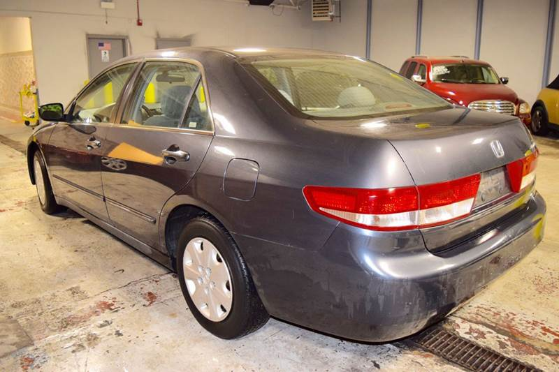 2004 Honda Accord LX 4dr Sedan - Crestwood IL
