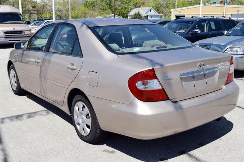 2002 Toyota Camry LE 4dr Sedan - Crestwood IL
