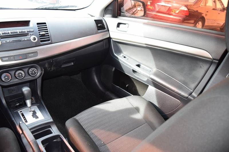 2013 Mitsubishi Lancer ES 4dr Sedan CVT - Crestwood IL