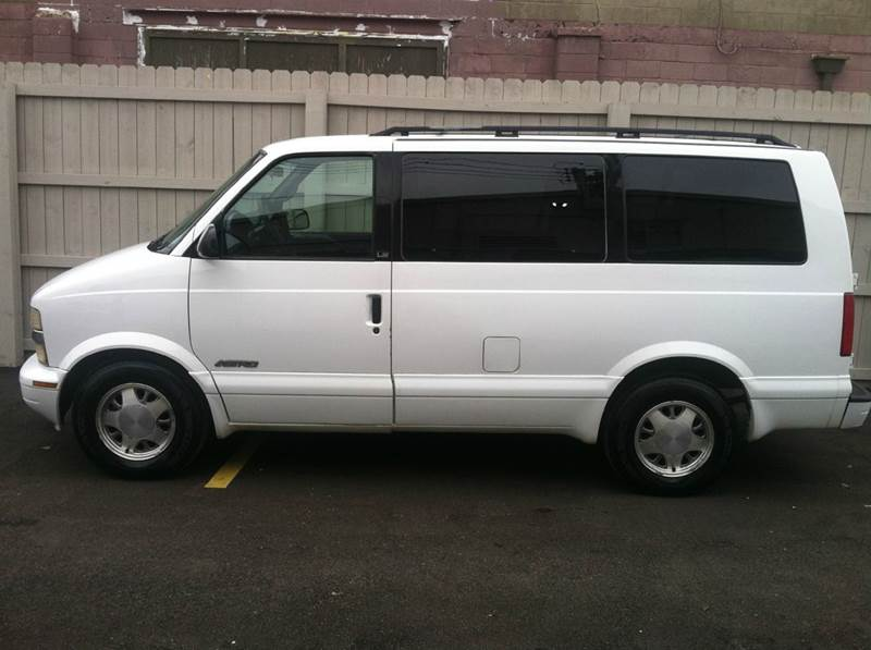 2000 Chevrolet Astro 3dr LS Extended Mini-Van - Indianapolis IN