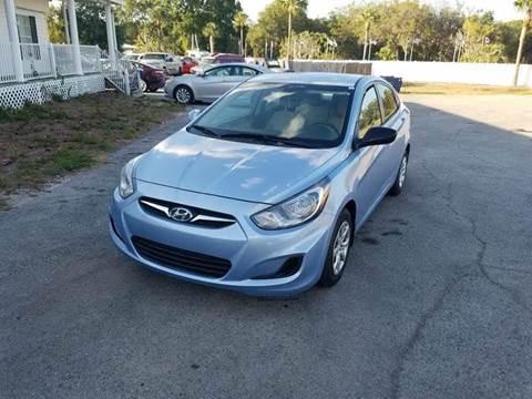 2013 Hyundai Accent for sale in Zephyrhills, FL