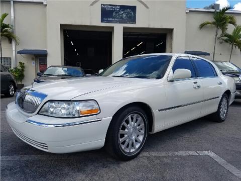2007 Lincoln Town Car for sale in Miami, FL