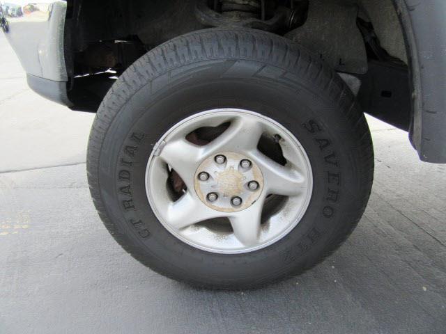 2000 Toyota Tundra 4dr SR5 V8 4WD Extended Cab SB - Evansville IN
