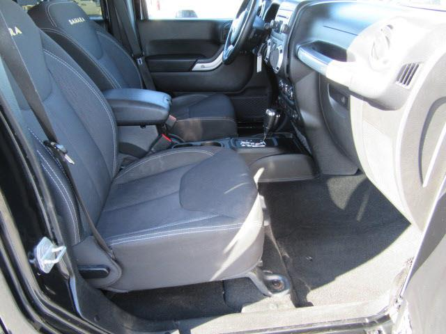 2013 Jeep Wrangler Unlimited 4x4 Sahara 4dr SUV - Evansville IN