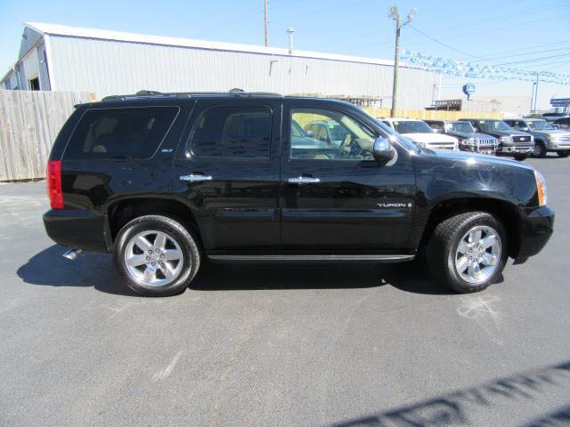 2009 GMC Yukon SLT 4X4 - Evansville IN