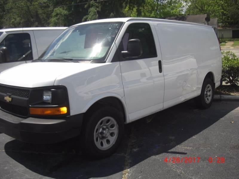 2009 Chevrolet Express Cargo 1500 3dr Cargo Van - North Charleston SC