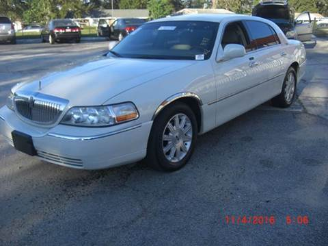 2005 Lincoln Town Car for sale in North Charleston, SC