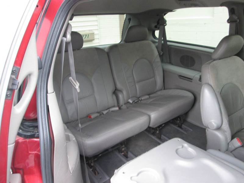 2002 Chrysler Town and Country AWD Limited 4dr Extended Mini-Van - Hazleton PA