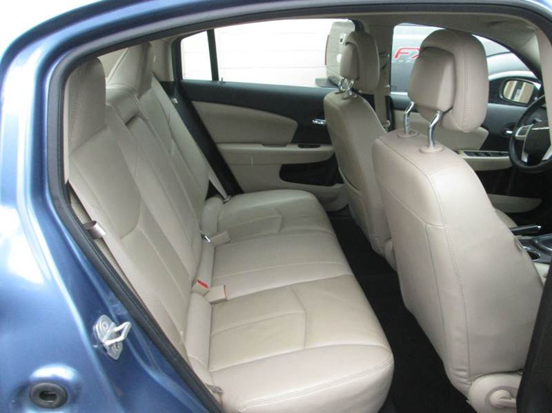 2011 Chrysler 200 Limited 4dr Sedan - Hazleton PA