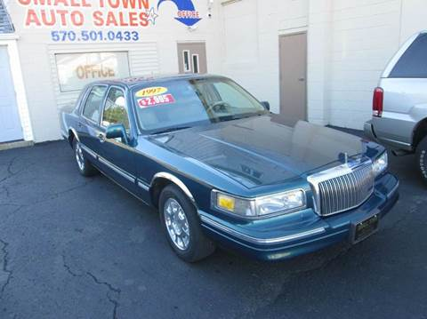 1997 Lincoln Town Car for sale in Hazleton, PA